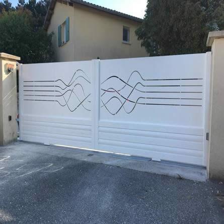 réalisation-fabricant portail coulissant et battant - taravello (2)