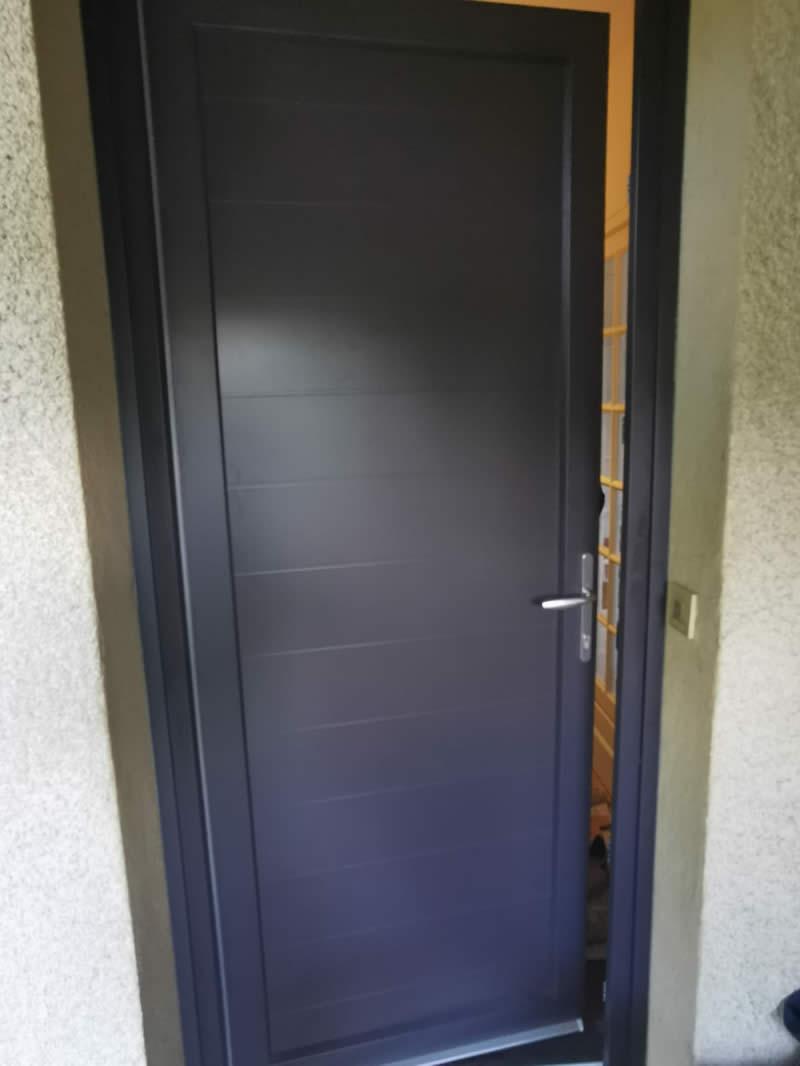 réalisation - porte d'entrée - porte d'entree alu - taravello