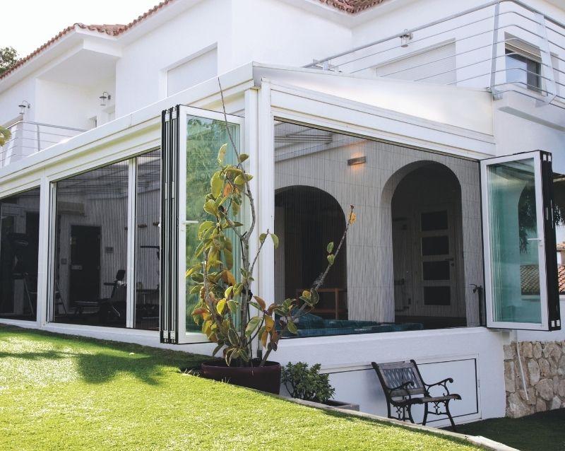moustiquaires fenêtres sur mesure - réalisation - taravello (2)