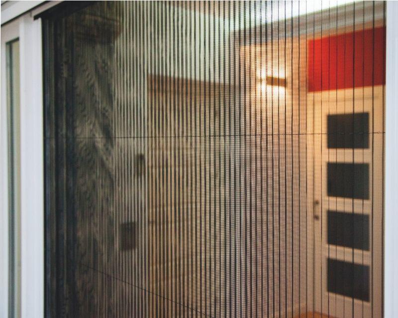 moustiquaires fenêtres sur mesure - réalisation - taravello (3)