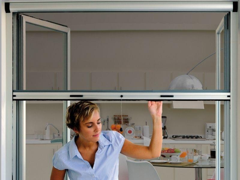 moustiquaire enroulable - moustiquaires fenêtres sur mesure - produit 1 - taravello