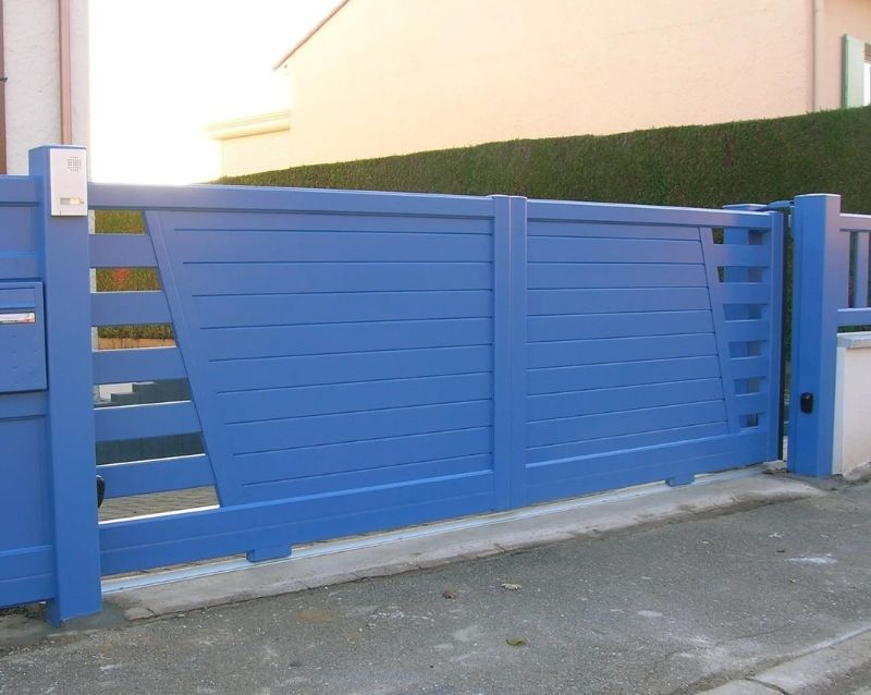 portail - fabricant portail coulissant et battant - réalisation - taravello (6)