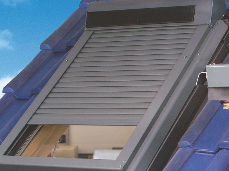 volet roulant fenêtre de toit - installateur volet roulant somfy - produit 4 - taravello